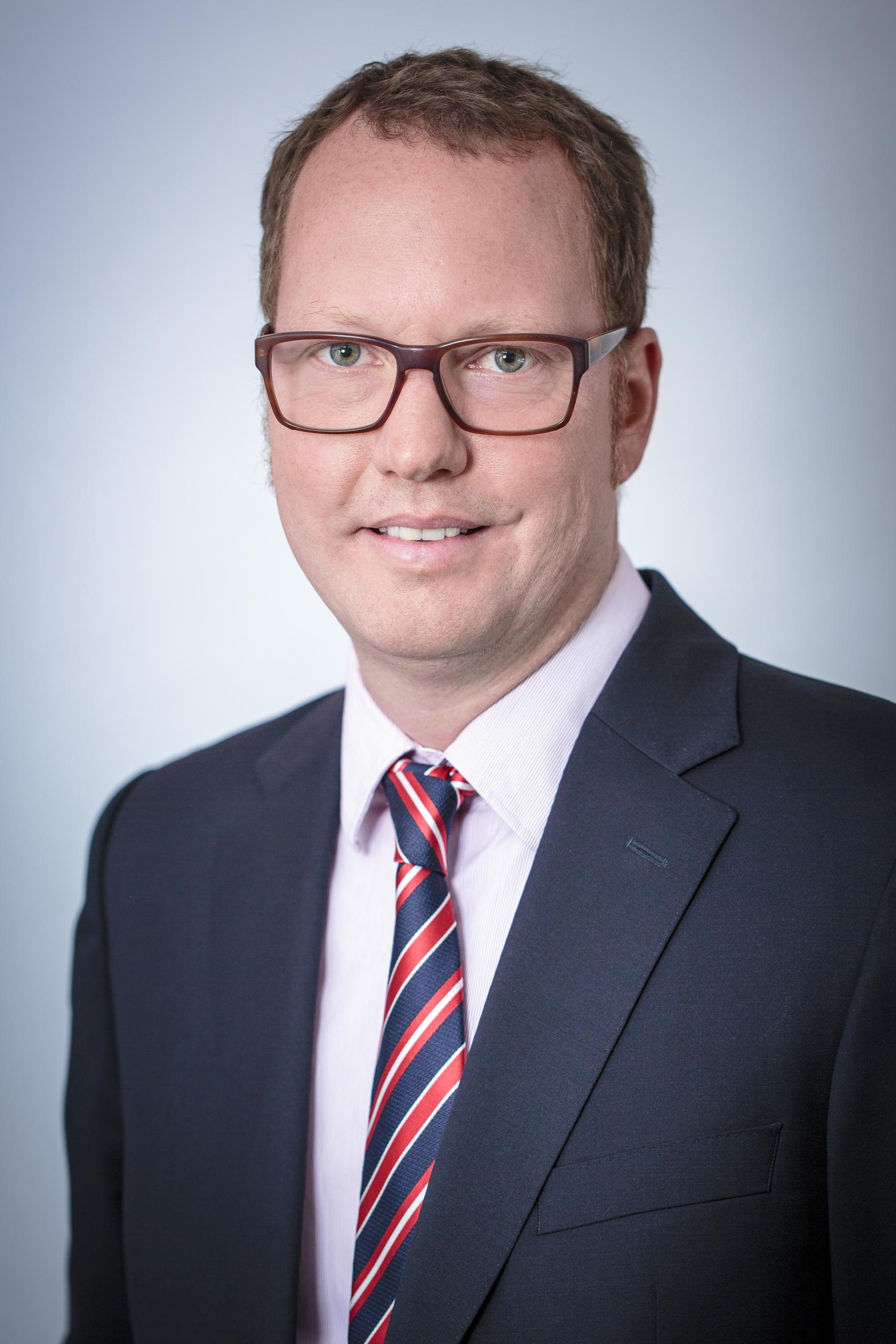 Tim R. Kutscher